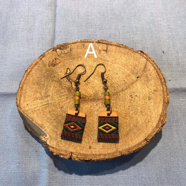INA私室-小木片織帶耳環