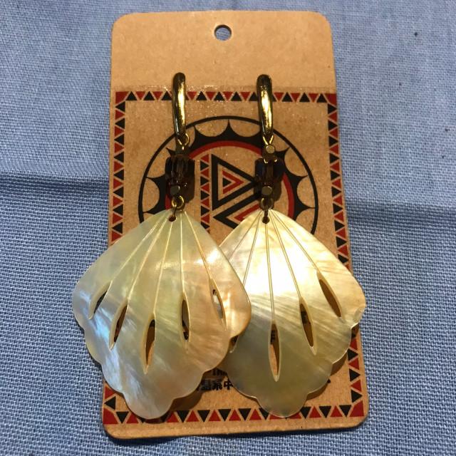 INA私室-造型貝殼耳環