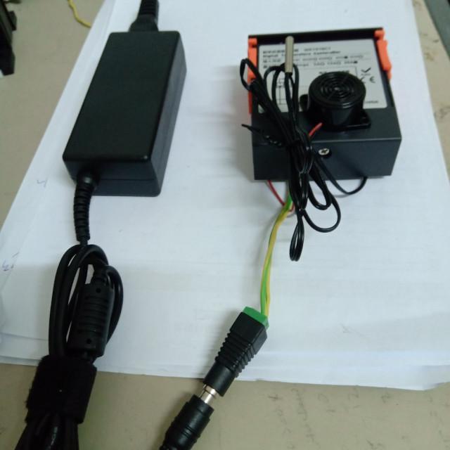 DC12V數位式溫度控制+DC12V蜂鳴器+AC110V轉DC12V變壓器