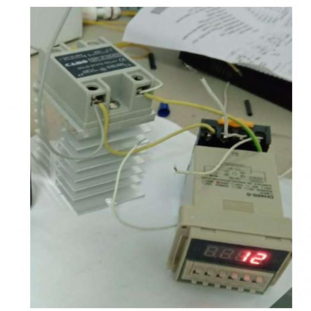 AC110V/AC220V數字顯示時間繼電器(可控制負載)+40A交流轉交流固態繼電器(報含散熱座)