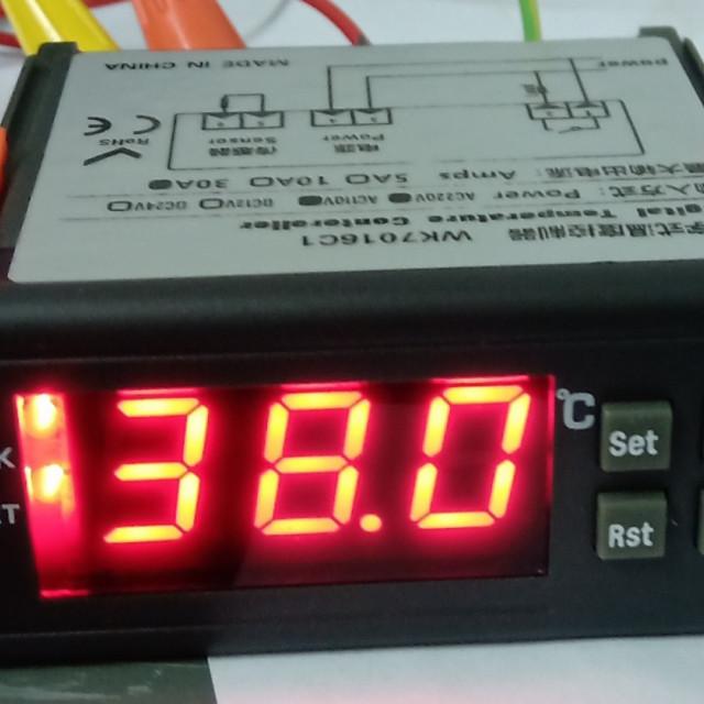 AC110V~220V/DC12V30A輸出繼電器數位式溫度控制器冷熱輸出