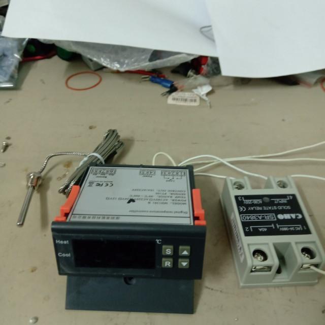 AC220V-99~400度輸出繼電器10APT100數位式溫度控制器冷熱輸出+40A固態繼電器