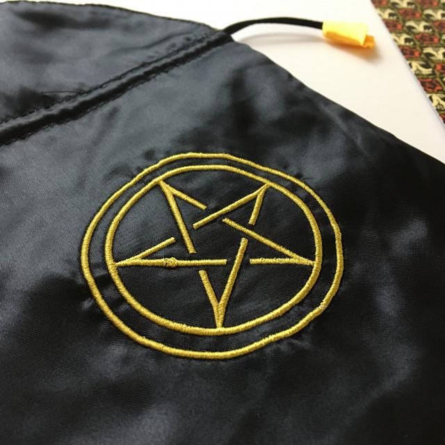 聖甲蟲牌袋|絲絹|五角星