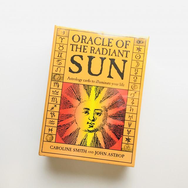 光芒太陽神諭卡|卜卦占星卡|連144頁指導書|硬盒|Oracle of the Raidant Sun